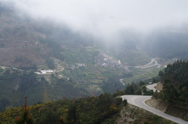 approaching piodao from the cloudy mountains