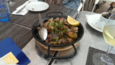 Clams - an excuse to eat butter!