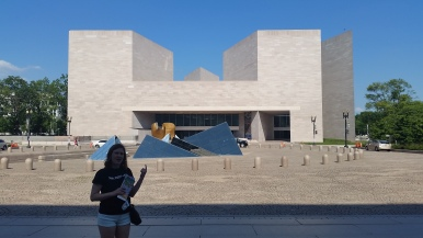 this second building is the modern art section of the National Gallery. It's an incredible space and a must-see item!