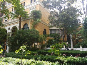 Arriving at the Sorolla Museum