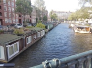 a quick snapshot of houseboats on the canal on our walk home.