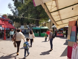 Walking through an artisanal market in Tlaxcala
